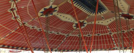 circus tent interior, decorative big top, traditional circus tent, scola teloni interior